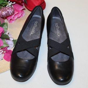 Soft walk Comfy shoes Women size 7 Walking